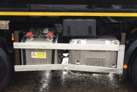 2015 Iveco Trakker AD340 Day Cab Tipper Grab